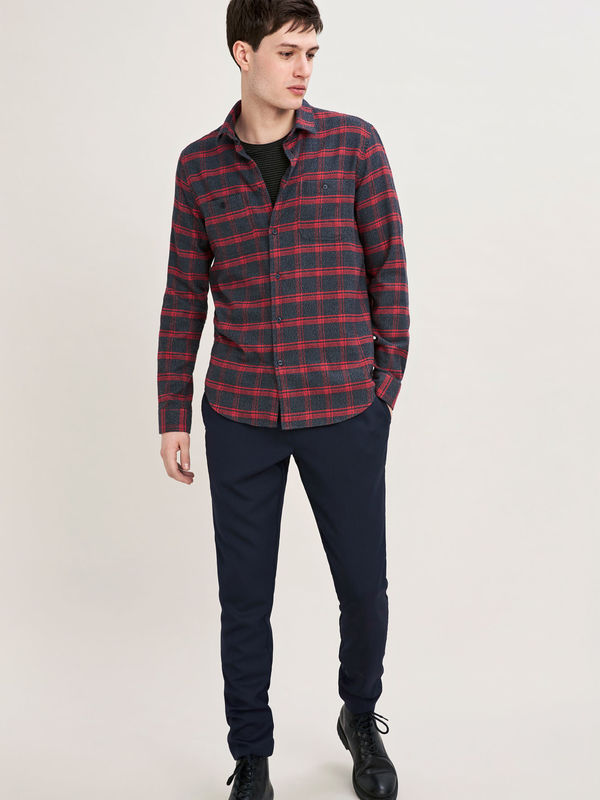 M18323218   00051 - LIAM NV 10209  (Flame Scarlet Check)
