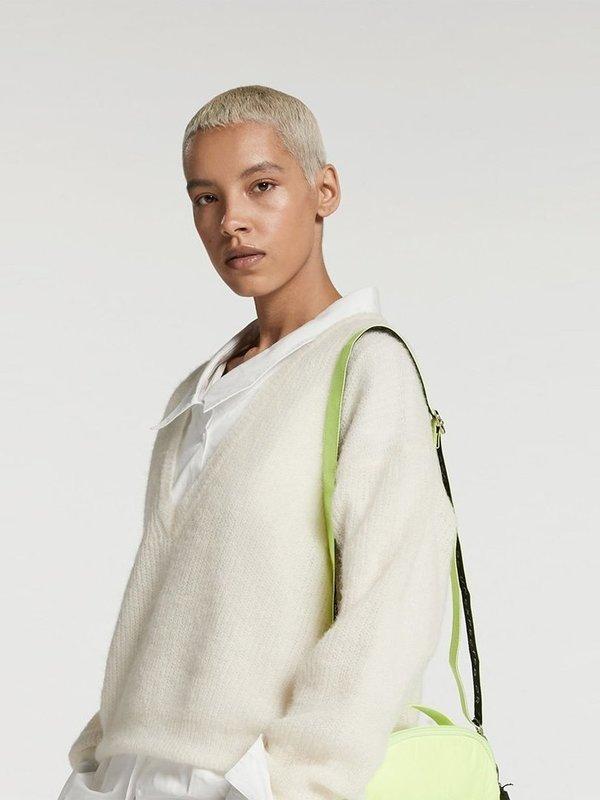 20-606-9103 4000 - light knit sweater V (soft white)