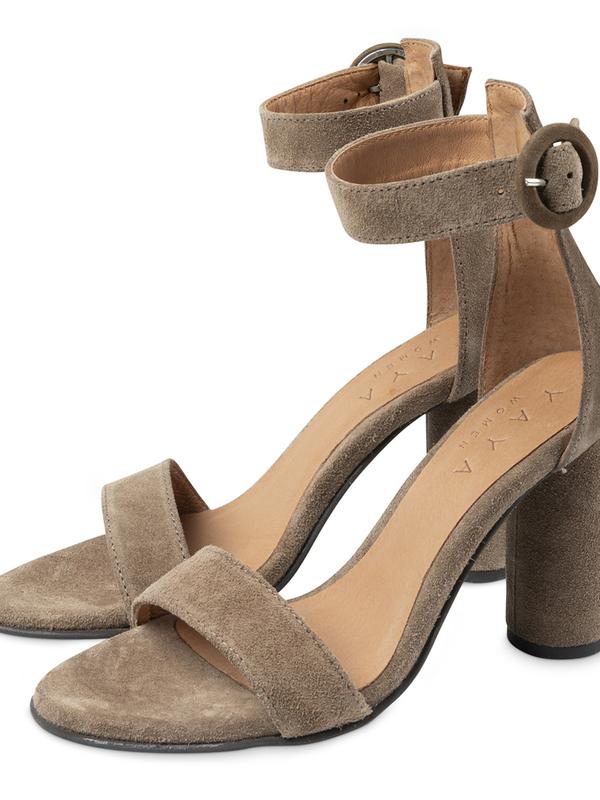 134347-013 99202 - Suede sandals (Dark sand)
