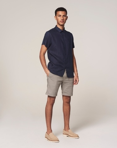 515234 255 - Chino shorts with belt (Lt. Sand)