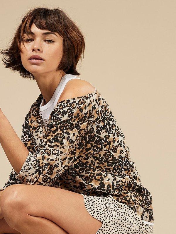 20-611-0203 1043 - Sweater leopard (Winter White)