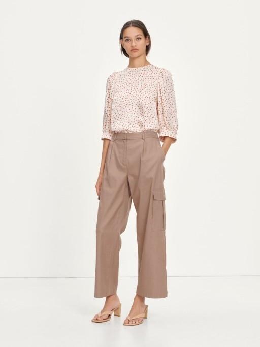 F21100093 00175 - Celestina blouse aop (Pearl Drops)